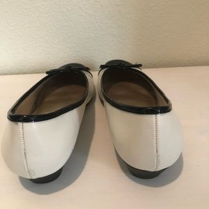 Life Stride Shoes - Life Stride Black and Cream Flats